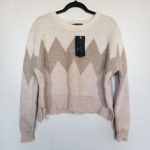 Zara // cropped knit pull over -bnwt nwt